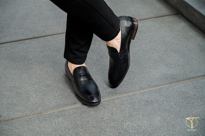 Chọn giày lười nam