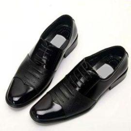 Giày slippers giúp chàng mix đồ thêm lịch lãm