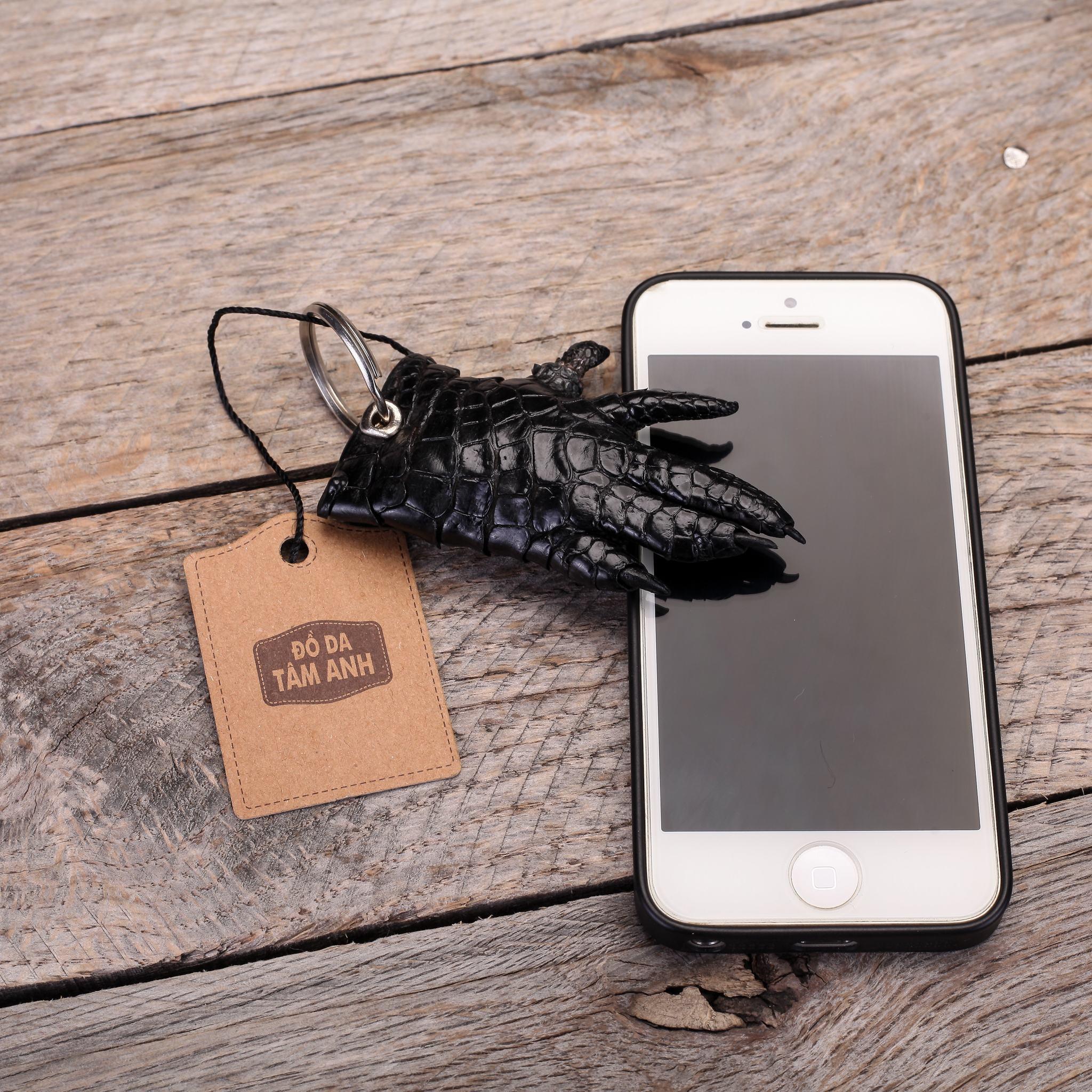 Móc khóa da cá sấu thời trang MKMONG-DEN