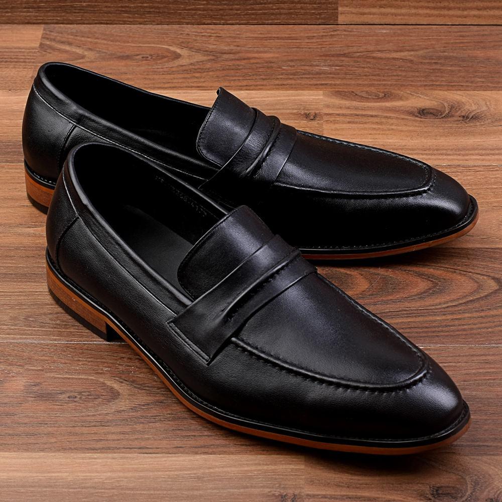 Mặc quần kaki đi giày sao cho hợp
