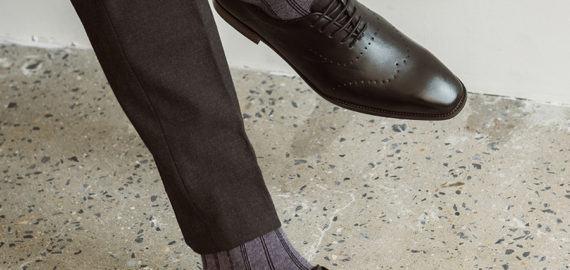 Nguyên tắc phối giày da với tất nam là gì?