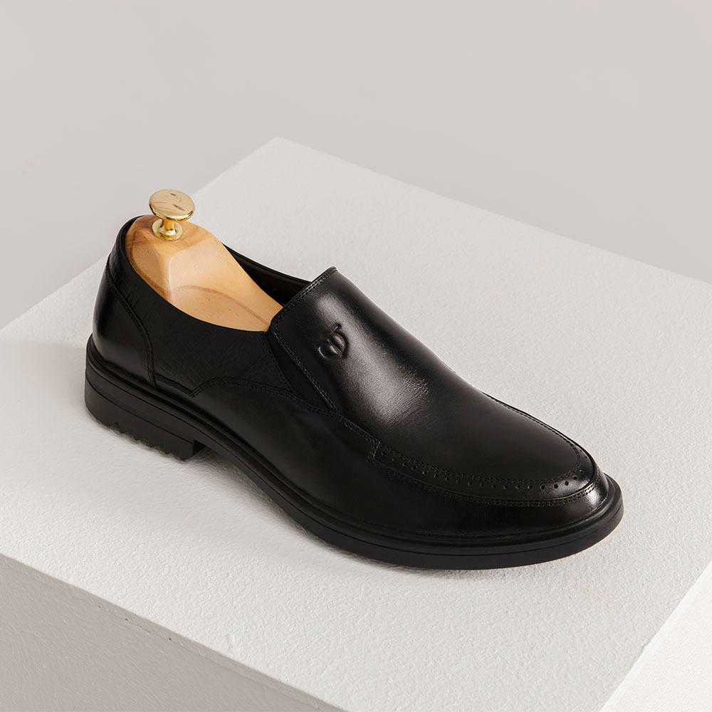 Giày lười nam dập lỗ viền GNTA2303-D
