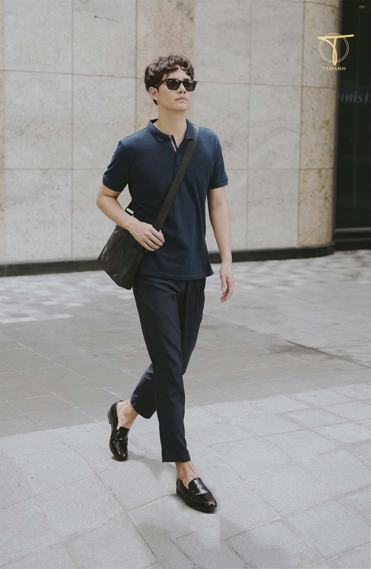 Giày Loafer và quần âu, áo thun