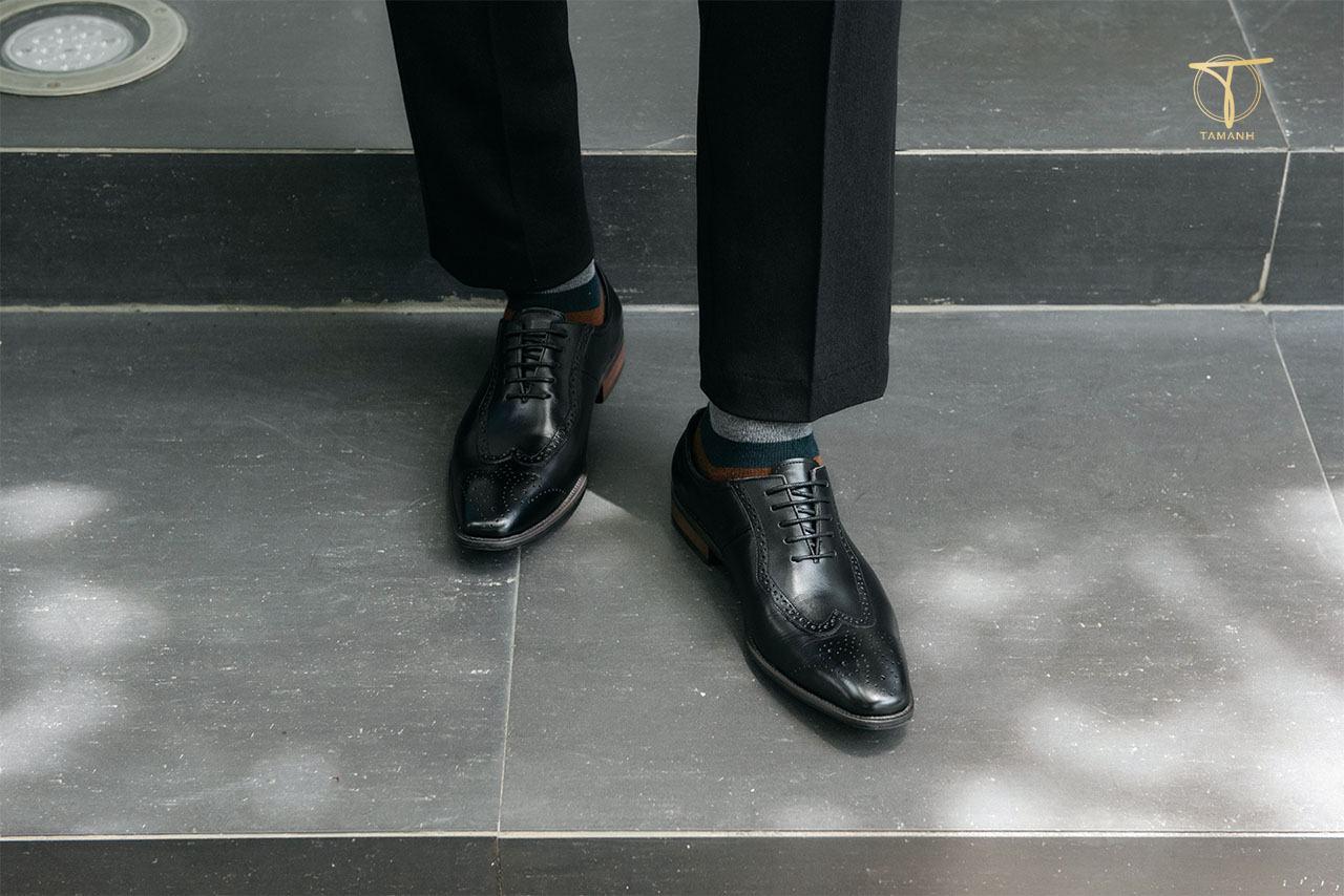 Mua giày da thật chuẩn giá
