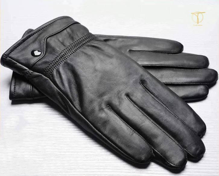 Sản phẩm găng tay da thật