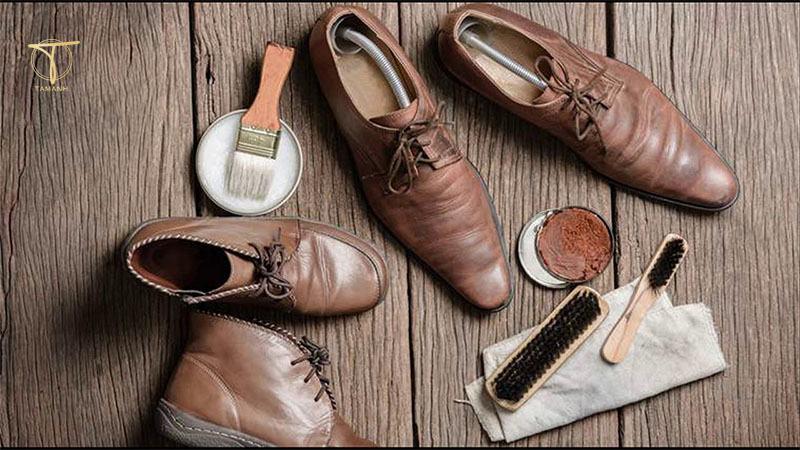Giày quá cũ và bẩn