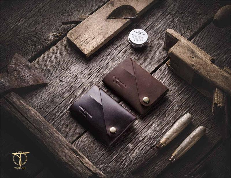chọn ví để hút nhiều tài lộc cho mệnh Thổ