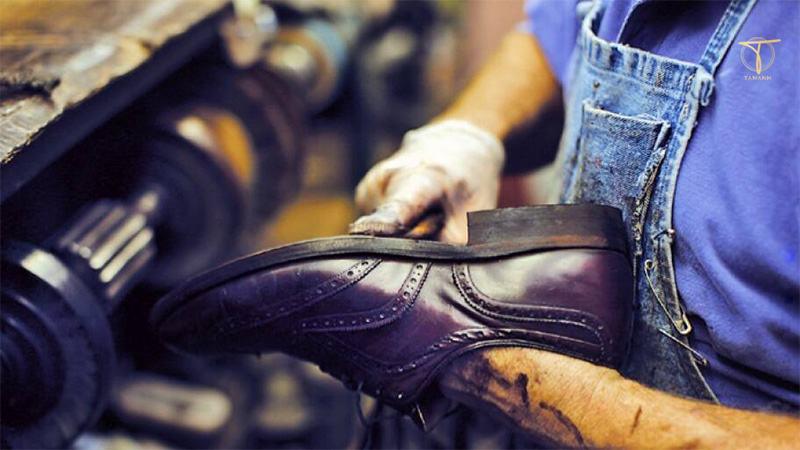 Dán đế giày bảo vệ giày