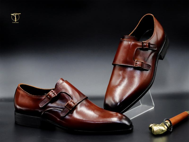 Giày Monk Strap độc đáo