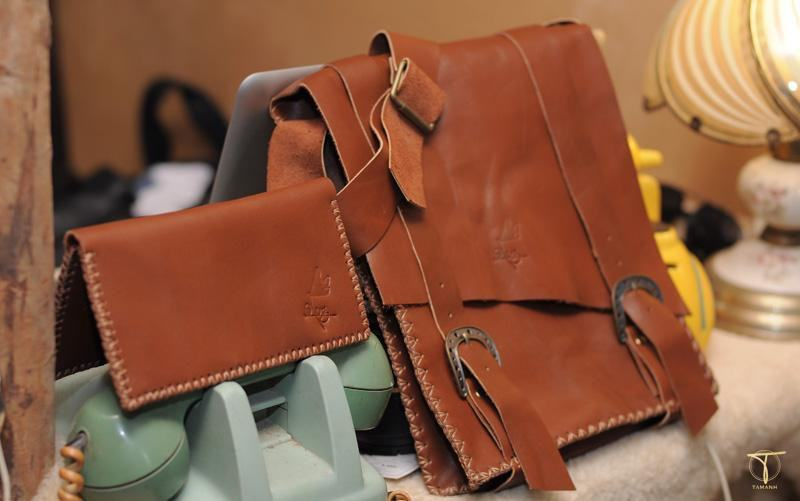Ráp các phần của túi xách lại với nhau