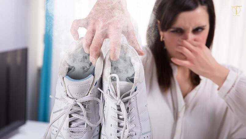 Khử mùi cho giày thể thao thường xuyên