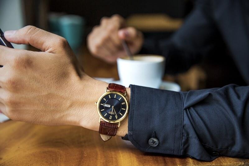 Đồng hồ là phụ kiện không thể thiếu với quý ông