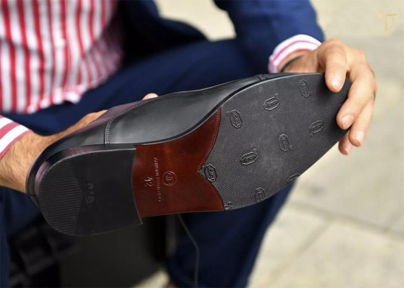 Đế giày tây Crepe